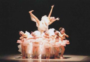 2015 現代舞踊協会制定 ジュニア公演 チャコットジュニア賞『バスタイム』